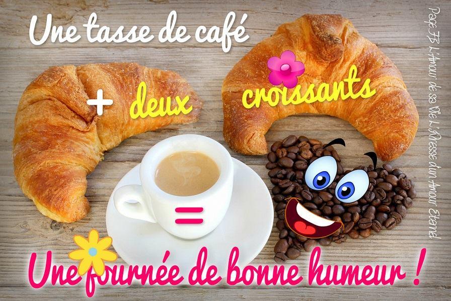 Une tasse de café + deux croissants. Une journée de bonne humeur!
