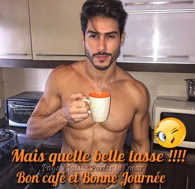 Mais quelle belle tasse !! Bon café et...