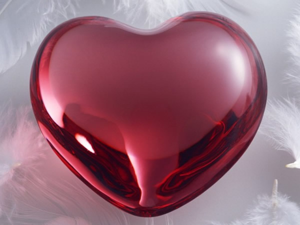 Coeur rouge brillant
