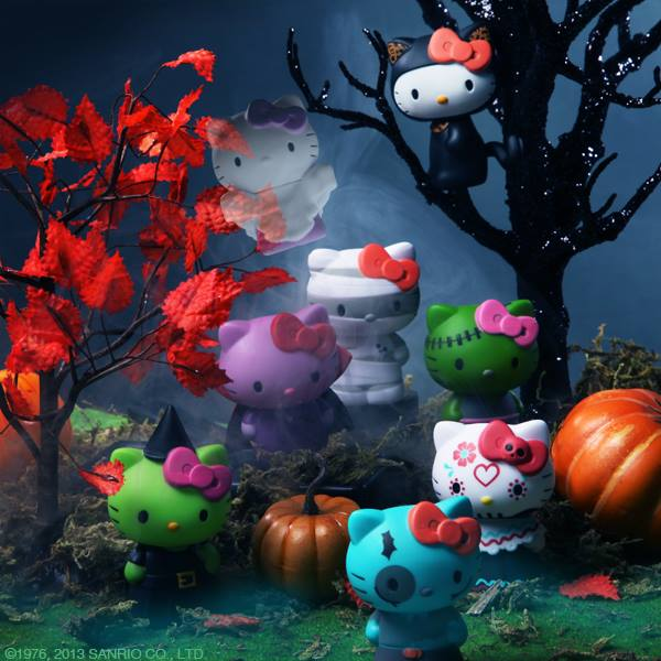 Les costumes d'halloween d'hello kitty
